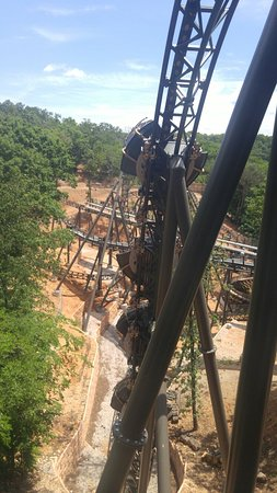 Silver Dollar City: Pic from the staging area on the Time Traveler