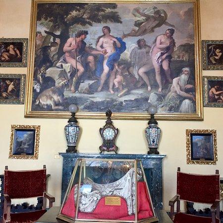 Stunning beauty of Palazzo Borromeo