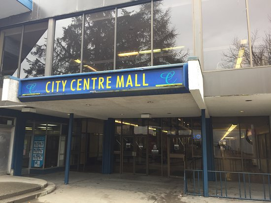 Kitimat, Canada: City Centre Mall Entrance