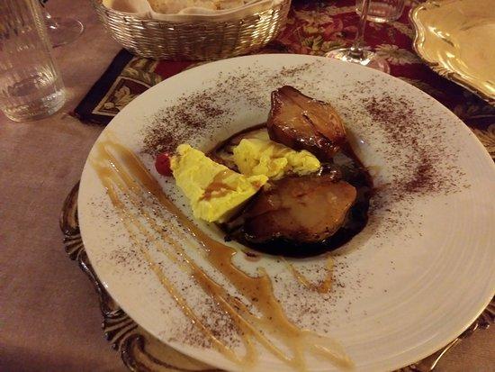 Pears in Chianti and vanilla gelato