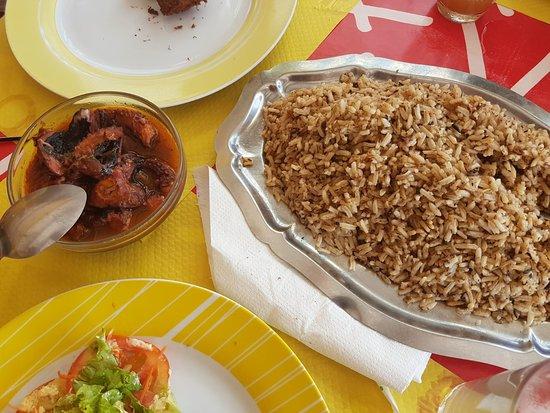 Iles des Saintes, جوادلوب: Chatrou + riz hareng