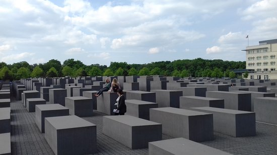 Berlin Small-Group Tour: Sights History And Stories of Berlin's Past And Present Resmi