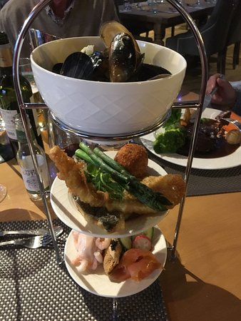 Newton on the Moor, UK: Tower of Fish for main course which was amazing!