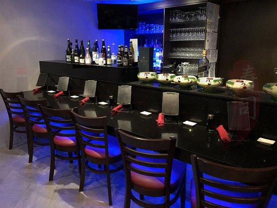 iSushi Omakase & Sake Bar: iSushi Bar