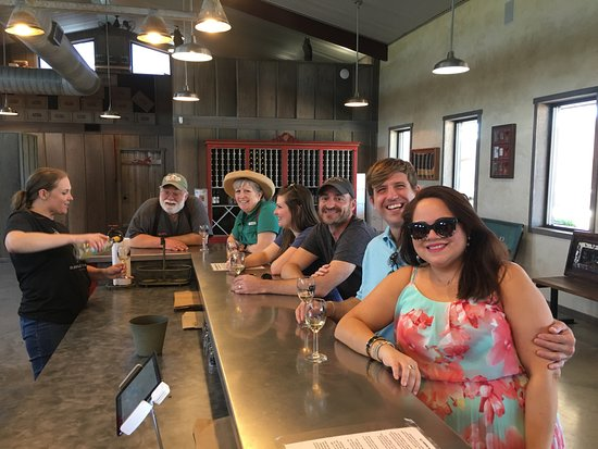 Absolute Charm Wine Tours: wine tastings
