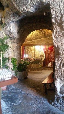 La Ermita Virgen De la Pena: seconda grotta