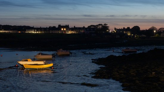 Isle of Whithorn, UK: Late night look across the harbour