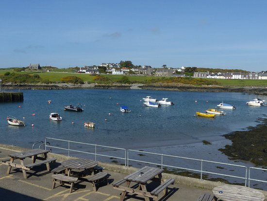 Isle of Whithorn, UK: Morning view from the room.