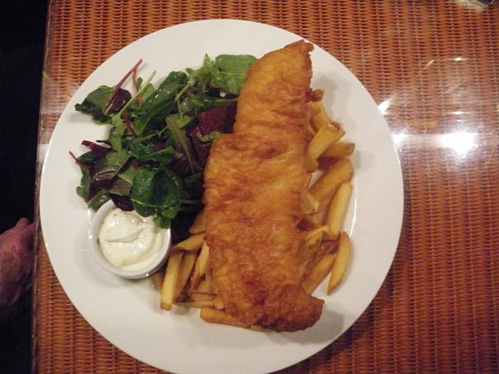 """Crinan, UK: My """"amazing fish and chips"""" in the Seafood bar."""