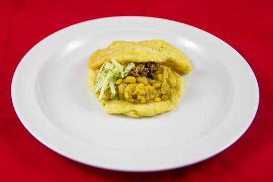 Singh's Roti Shop & Bar: Traditional Doubles with Kuchela & Cucumber