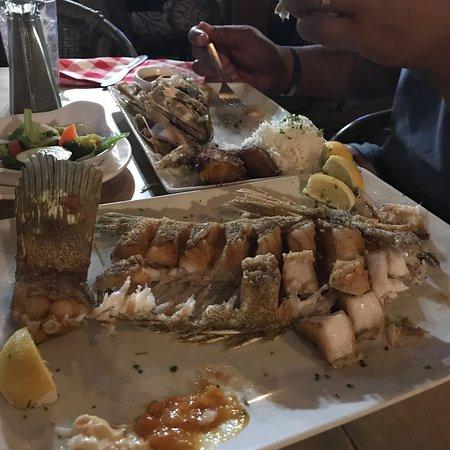 Red fish oranjestad restaurant bewertungen for Red fish catering