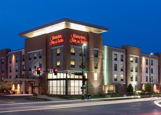 hampton inn suites omaha downtown 169 1 8 8. Black Bedroom Furniture Sets. Home Design Ideas