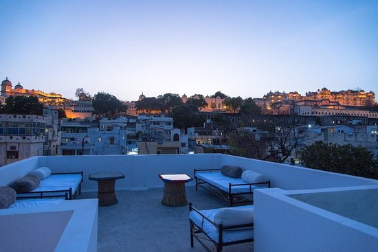 Some pics of kozy karma kafe and the rooftop with panoramic views of city palace.