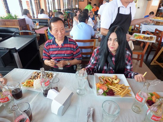 Restaurant Tabaris: Lots of food in each order and great service