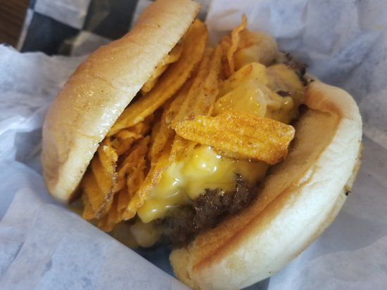 Jack Brown's Beer & Burger Joint: Greg Brady burger