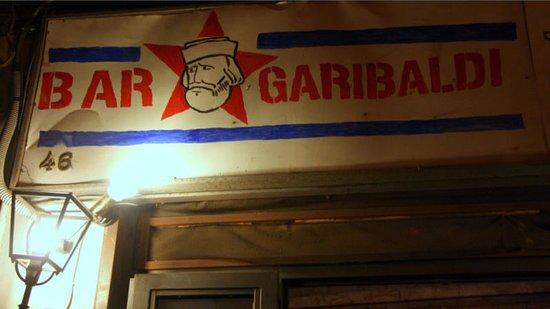 L'insegna del Bar Garibaldi