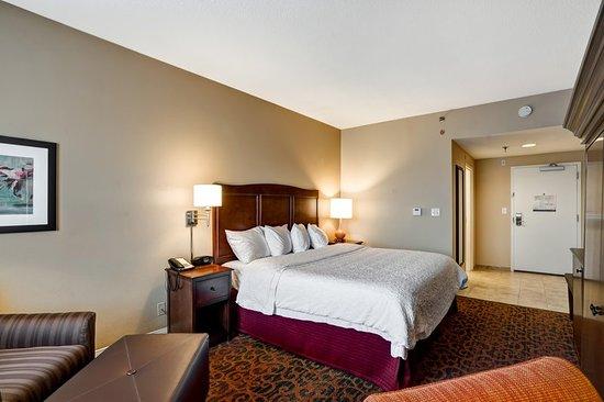 Hampton Inn Baltimore / Glen Burnie: Guest room