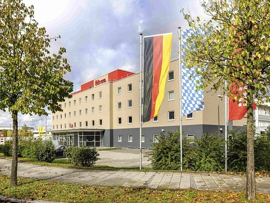 Feldkirchen, Deutschland: Exterior