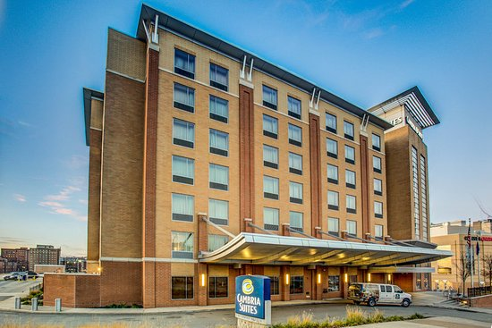 Cambria hotel suites pittsburgh downtown 39 excellent - Pittsburgh exterior paint reviews ...