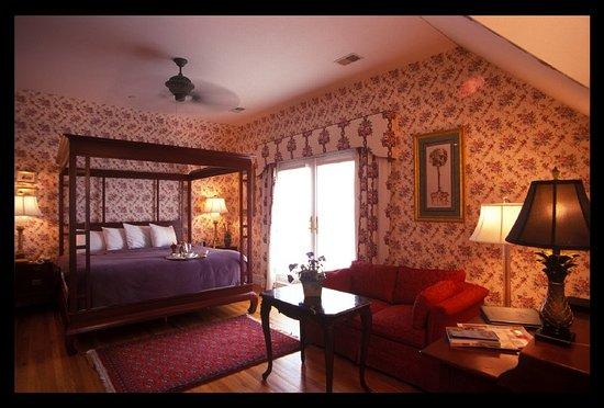 The Beaufort Inn: Guest room