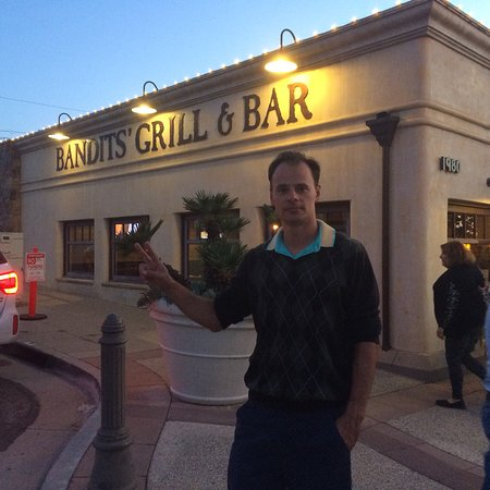 Bandits Grill & Bar: photo0.jpg