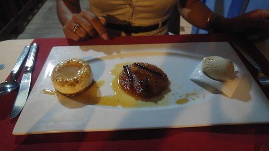 Tartane, Martinique: infusé d'ananas galette de manioc et glace pain d'épice