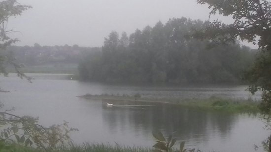 The Stanwick Lakes to Rushden Lakes walk