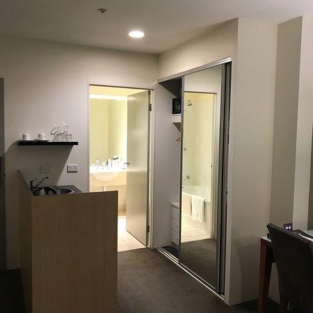 Park Regis Griffin Suites: photo2.jpg
