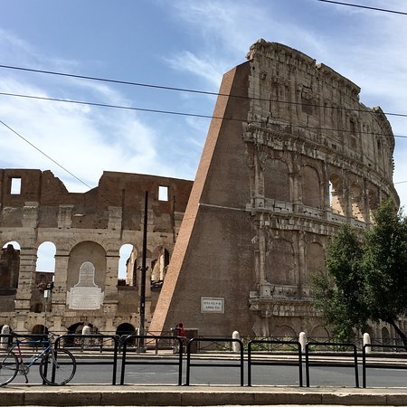 Colosseum: photo1.jpg