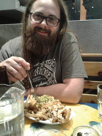 La Banquise: graeme and his yummy nomnom poutine