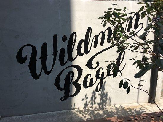 Wildman Bagel: お店写真