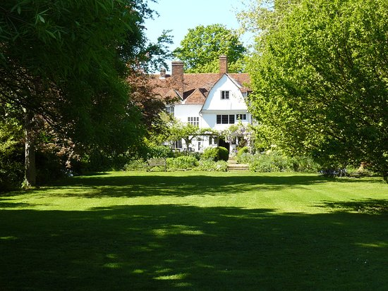 Coggeshall, UK: Paycocke's House from the garden.