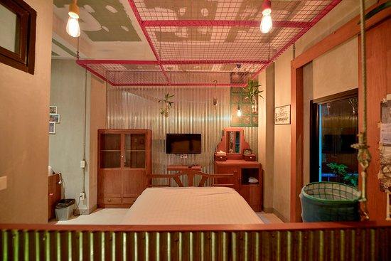 House of Phraya Jasaen: Stylish Slum