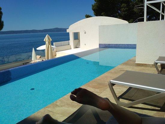 TUI BLUE Makarska: Our fevered pool