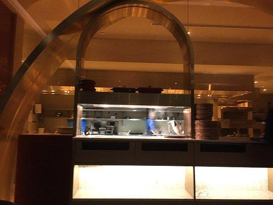 Sofitel Kuala Lumpur Damansara: Open kitchen at Nizza restaurant