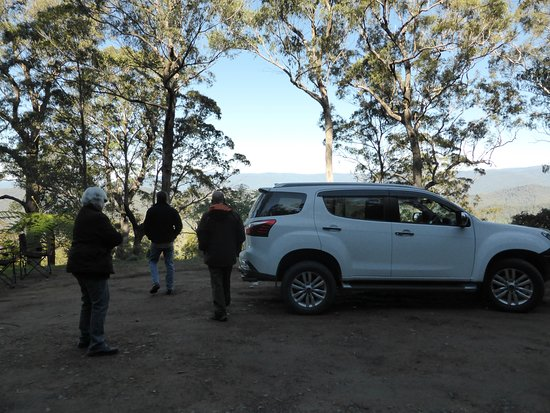 4WD Tag-Along & Passenger Tours: Great companions, great views