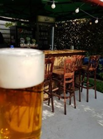 Art Cafe Downtown: beer