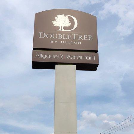 Doubletree Hotel Chicago / Alsip: photo0.jpg