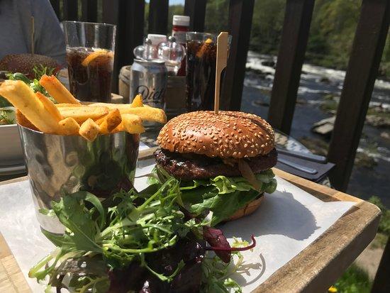 The Inn on the Tay : Scottish Steak Burger