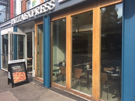 Universal Food Wins Over Service Price Pizza Express