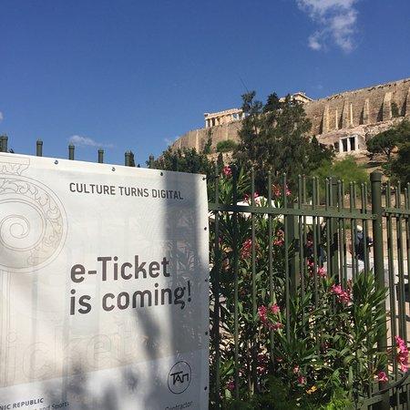 Acropolis Museum: photo2.jpg
