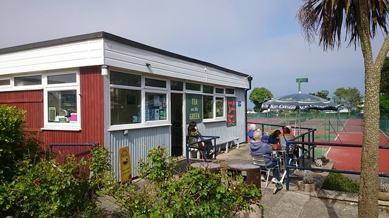 Swanage, UK: Putting green cafe