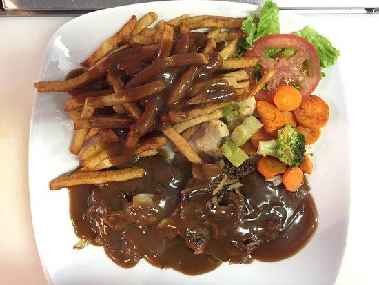 Longlac, Καναδάς: hamburger steak