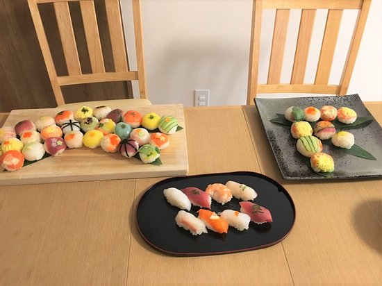 Cooking Class Japan Cross Bridge: sushi we made with guest