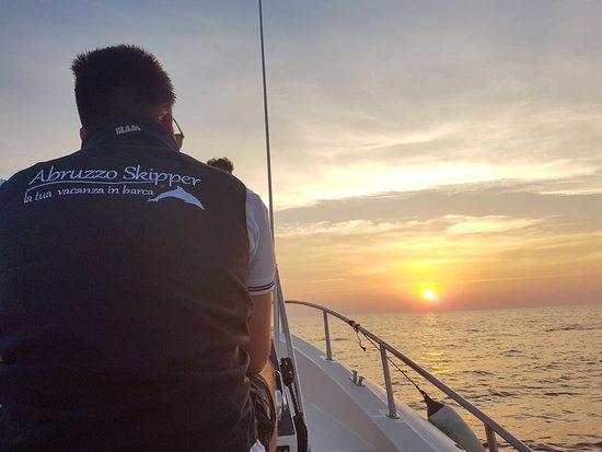 Abruzzo Skipper: Tramonto a bordo del maxiRIB Scanner One 999