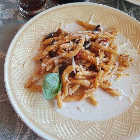Capriglia Irpina, Italy: 20180520_141324_large.jpg