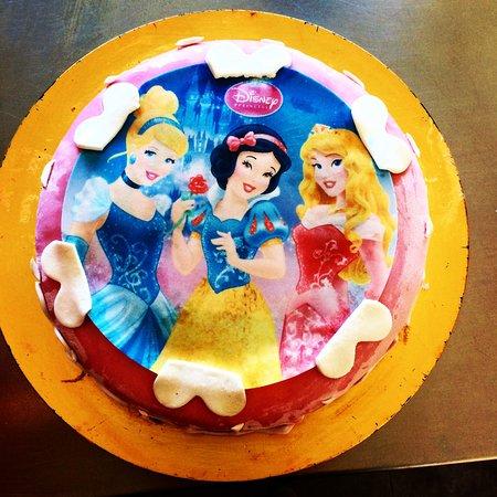 Happy Fantasy: GATEAU d'anniversaire maison a theme