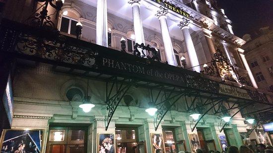 Phantom of The Opera London : Her Majesty's Theatre.