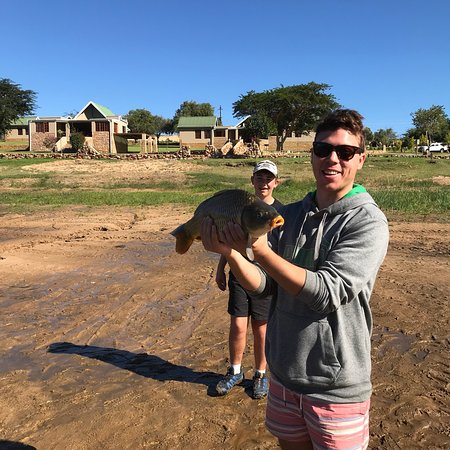 Cederberg, Sudáfrica: Bass fishing paradise in the Bulshoek Dam  Rondeberg Holiday Resort is a waterfront resort