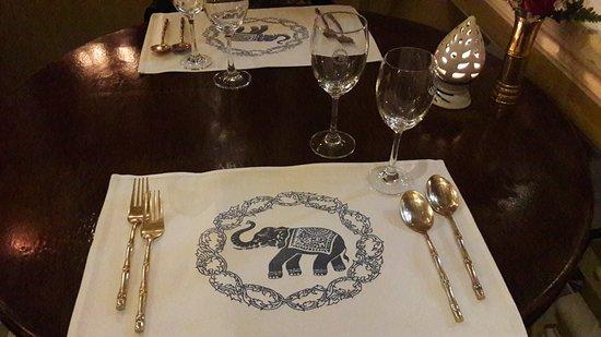 Blue Elephant Phuket: Tavolo